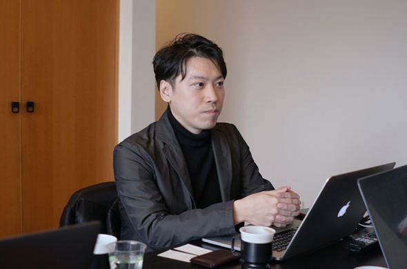 株式会社ピクセルグリッド様のエンジニア向けメディアサイト「CodeGrid」に弊社の西見、倉貫へのインタビュー記事が掲載されました。